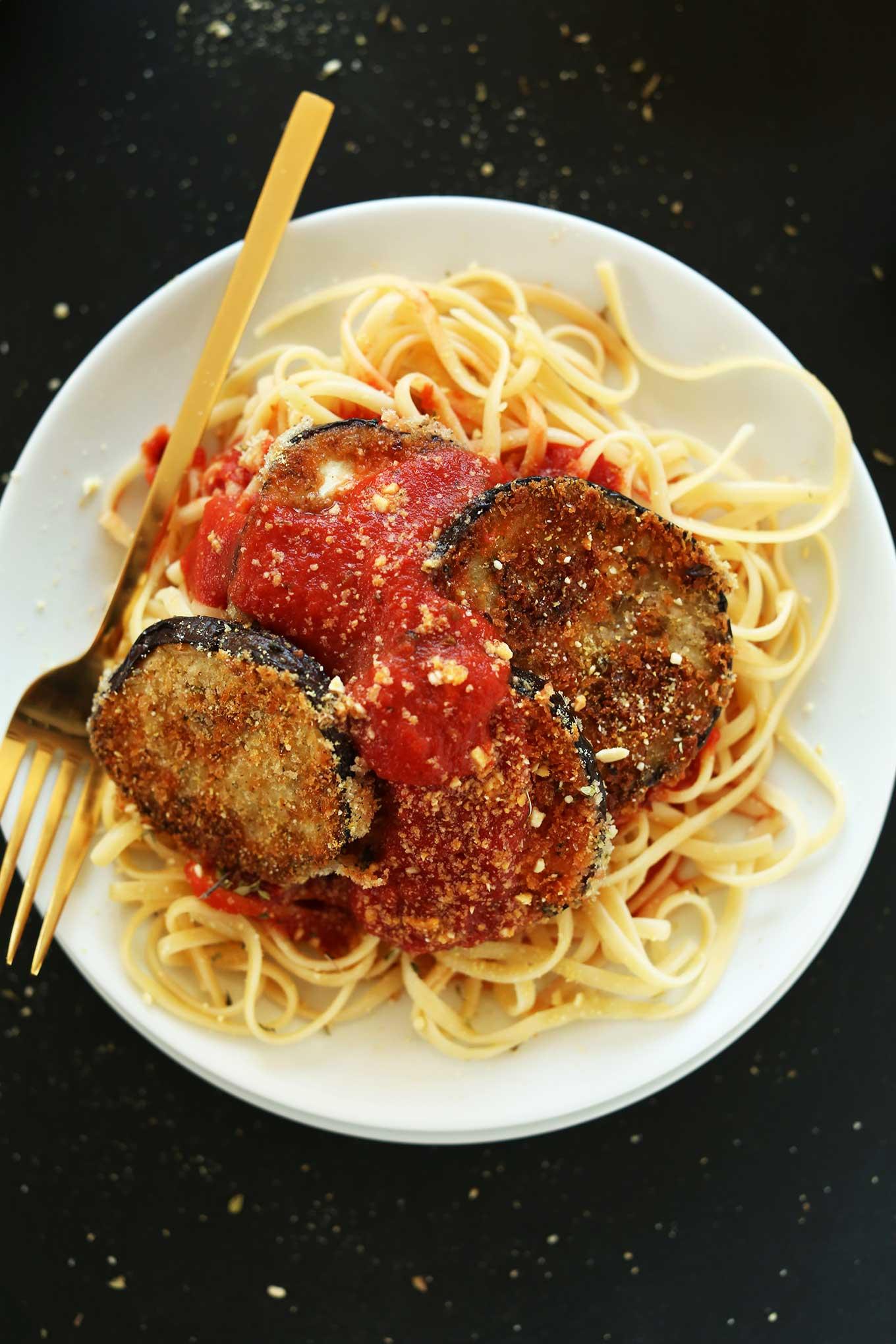 AMAZING-Vegan-Eggplant-Parmesan-Pasta-Crispy-delicious-perfect-on-top-of-your-favorite-pasta-vegan